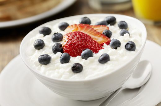 9 Muscle-Building Proteins - Cottage Cheese