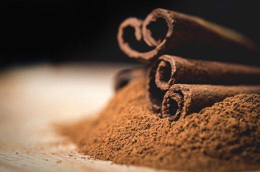 Cinnamon - 21 Anti-Aging Foods