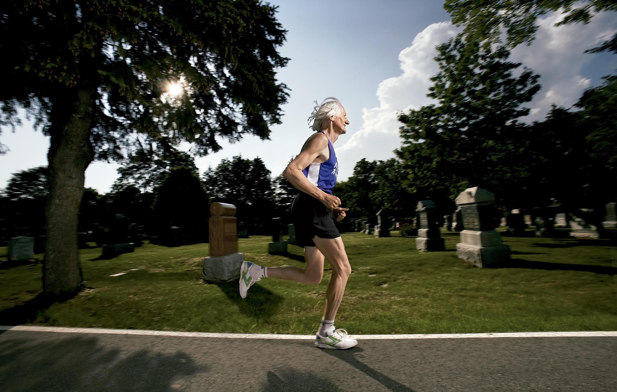 Masters Marathon Legend Ed Whitlock Dies at 86