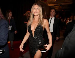The Cool Reason Why Jennifer Aniston Is NOT on Social Media