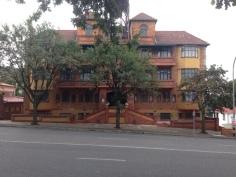 Kensington - A Walk Through Living History Natasha's apartment
