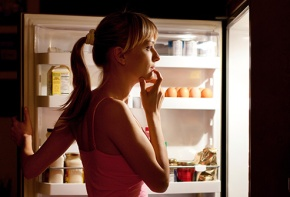 14 Best Foods to Keep in your Fridge