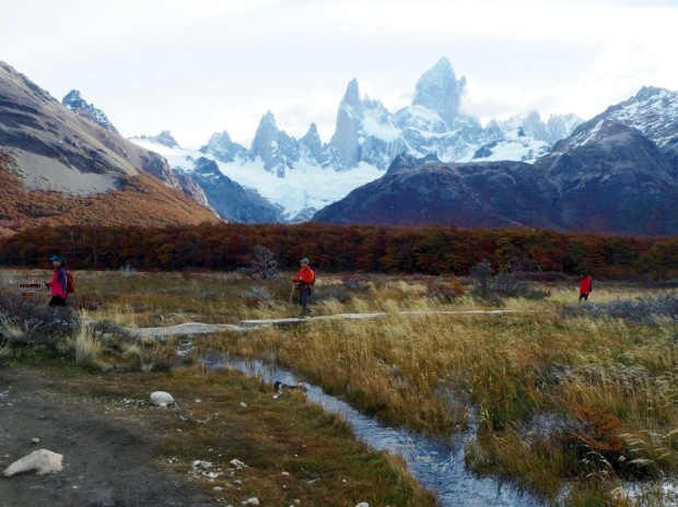 Laguna de los Tres (Fitz Roy) - The Iconic Patagonian Hike in all its Fall Finery